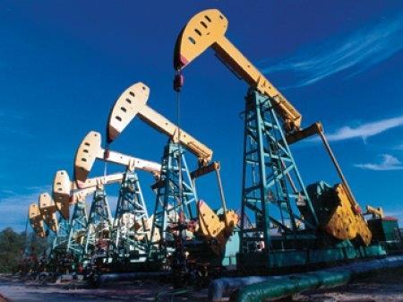 """Giá dầu chạm """"đáy"""" mới trên thị trường Mỹ"""