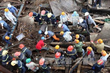 Vụ sập giàn giáo ở Hà Tĩnh: Thân nhân người bị hại đồng loạt xin giảm án