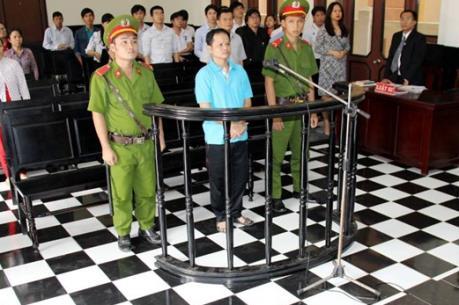 Vụ chai nước ngọt có ruồi: Tuyên phạt Võ Văn Minh 7 năm tù