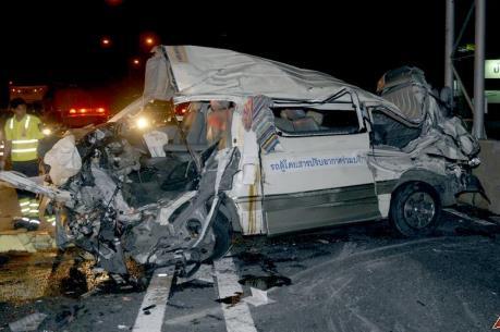Tai nạn giao thông thảm khốc tại Thái Lan