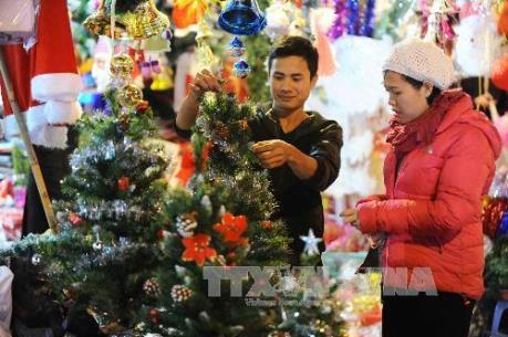 Thị trường Giáng sinh: Trăm người mua, vạn người bán