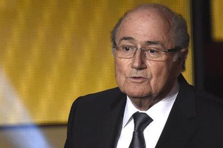 Ông Sepp Blatter lên tiếng sau án phạt của FIFA