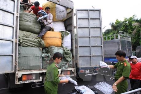 Liên tiếp bắt giữ các lô hàng không rõ nguồn gốc thẩm lậu vào Hà Nội