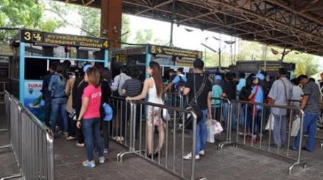 Người Việt lao động tại Thái Lan sẽ được hưởng quyền lợi như người bản địa