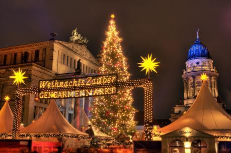 Không khí Giáng sinh tấp nập tại các chợ thủ đô Berlin