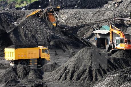 Quảng Ninh: Bắt vụ vận chuyển 4 nghìn tấn than cám không rõ nguồn gốc