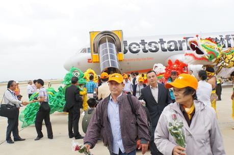 """Jetstar khuyến mại """"Mua vé chiều đi, miễn phí chiều về"""""""