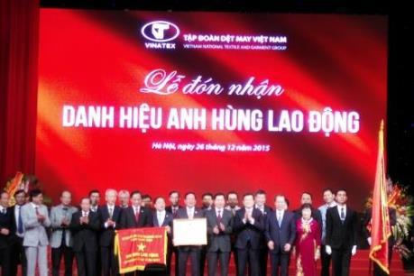 Phó Thủ tướng Vũ Văn Ninh: Vinatex tiếp tục vai trò hạt nhân của ngành dệt may cả nước