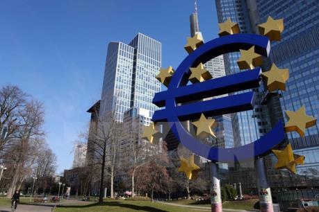 """Giới chức châu Âu tạm """"khóa sổ"""" Eurozone"""