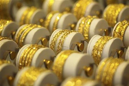 Đồng USD yếu đang hậu thuẫn cho thị trường vàng