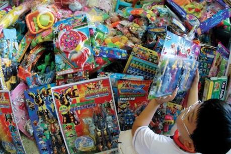 Tràn ngập đồ chơi Trung Quốc kém chất lượng ở Nghệ An