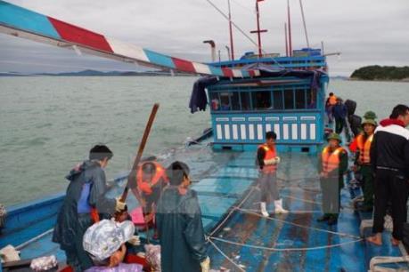Cứu được toàn bộ thuyền viên tàu QB 92184 TS gặp nạn trên biển