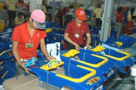 """Khuyến cáo doanh nghiệp nhựa có thể """"về tay"""" Thái Lan"""