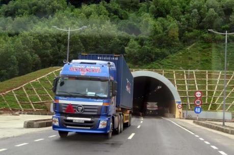 Đưa vào sử dụng hầm đường bộ Phước Tượng - Phú Gia