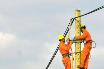 88,7% số hộ nông thôn sử dụng điện đúng giá của Chính phủ