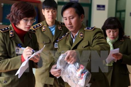 Quảng Ninh thu giữ lượng lớn thực phẩm không rõ nguồn gốc