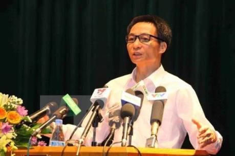 Phó Thủ tướng yêu cầu Bộ Y tế tăng cường quản lý chất lượng, giá vắc xin