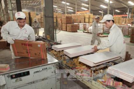 Trả lương thấp, doanh nghiệp khó tuyển dụng được lao động