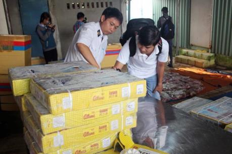 """TP. Hồ Chí Minh: Thu giữ gần 3 tấn thịt trâu được tẩy trắng """"nhái"""" thịt bò"""