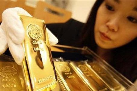 Giá vàng vượt mốc 1.100 USD/ounce lần đầu tiên trong 9 tuần