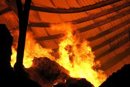 Đang cháy lớn ở thành phố Buôn Ma Thuột