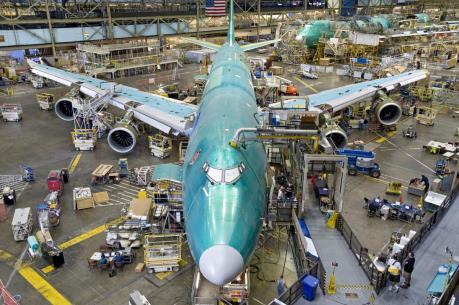 Đơn đặt mua máy bay Boeing trong năm 2015 giảm mạnh