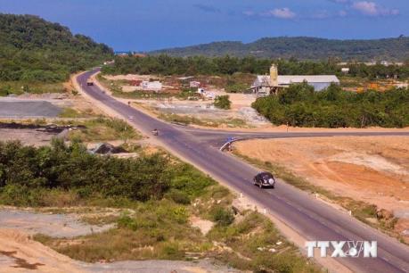 Bất động sản Phú Quốc: Mới nổi nhưng sôi động