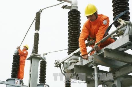 Liên tiếp xảy ra vi phạm hành lang lưới điện cao áp