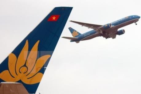 """Vietnam Airlines thưởng """"nóng"""" cho tổ bay trong chuyến bay bị hỏng lốp"""