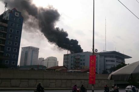 Cháy  tòa nhà 6 tầng Công ty Toyota Mỹ Đình