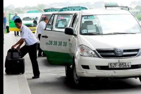 Hai hãng taxi lớn tại Tp. Hồ Chí Minh giảm cước vận tải