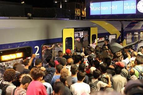Vấn đề người di cư: Áo sẽ trục xuất tất cả người di cư vì lý do kinh tế