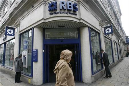 Ngân hàng RBS khuyên giới đầu tư bán cổ phiếu, mua trái phiếu