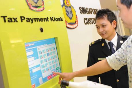 Ứng dụng mới giúp du khách đến Singapore trả thuế hàng hóa trước