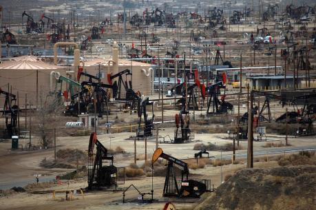 EIA: Mỹ ngày càng giảm khai thác dầu đá phiến