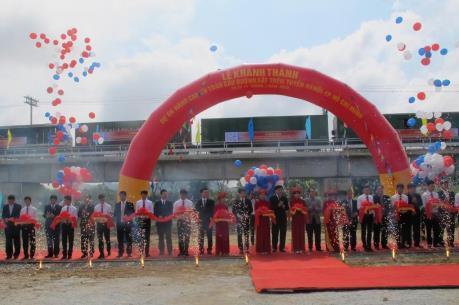 Chính thức khai thác 44 cầu đường sắt Bắc - Nam