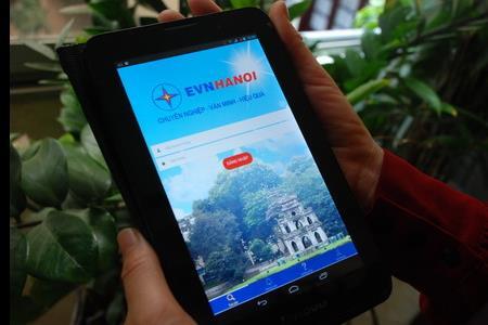 Điện lực Hà Nội giới thiệu phần mềm chăm sóc khách hàng qua điện thoại