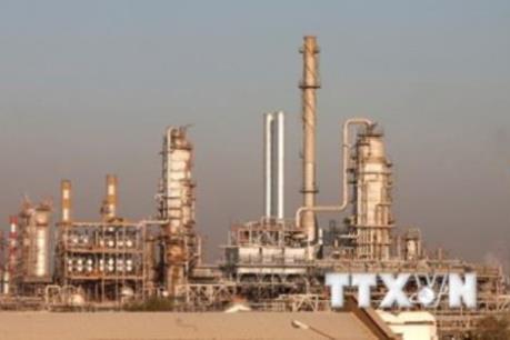 Giá dầu WTI đóng cửa dưới mức 30 USD/thùng lần đầu tiên kể từ năm 2003