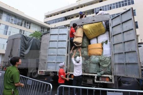 Thu giữ  162 thùng hàng thực phẩm khô không rõ nguồn gốc