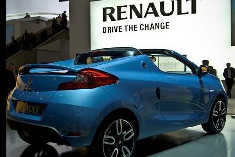 Hãng Renault thu hồi 15.000 xe mới để kiểm tra động cơ