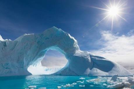 Phát hiện hẻm núi lớn nhất thế giới tại Nam Cực
