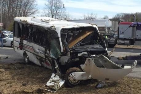 Nhật Bản: Tai nạn xe buýt tại thủ đô Tokyo, 24 người bị thương