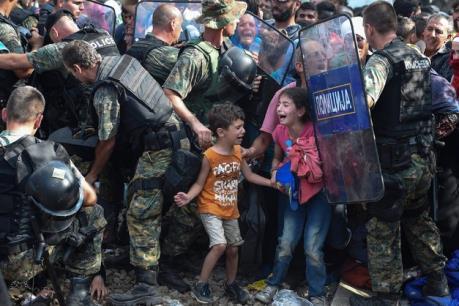 Vấn đề người di cư: Macedonia đóng cửa biên giới với Hy Lạp