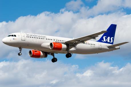 Máy bay của Scandinavian Airlines phải chuyển hướng vì đe dọa có bom
