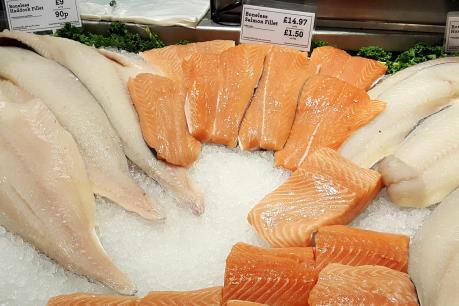 Bí quyết giúp cá hồi Na Uy giành ưu thế trước cá hồi Chile