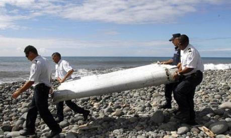 Malaysia xác nhận mảnh vỡ tại Thái Lan không phải của máy bay MH370