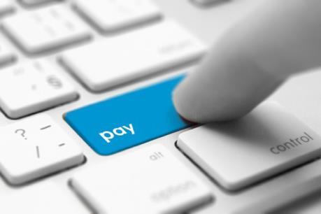 Thanh toán điện tử ngày càng được người dân Mỹ và Anh ưa chuộng
