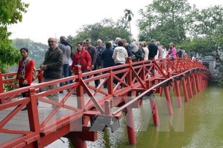 Hơn 805.000 lượt khách quốc tế đến Việt Nam trong tháng 1