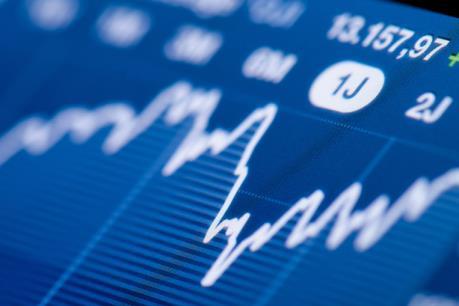 Giá dầu hồi phục, VnIndex cũng tăng gần 5 điểm