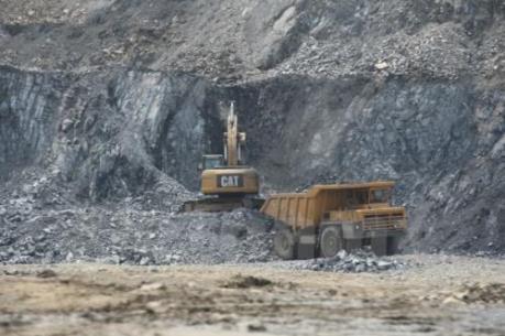 Cấp phép khai thác quặng apatit tại Lào Cai